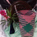 Anyaman Tas Anting Warna Warni Pink