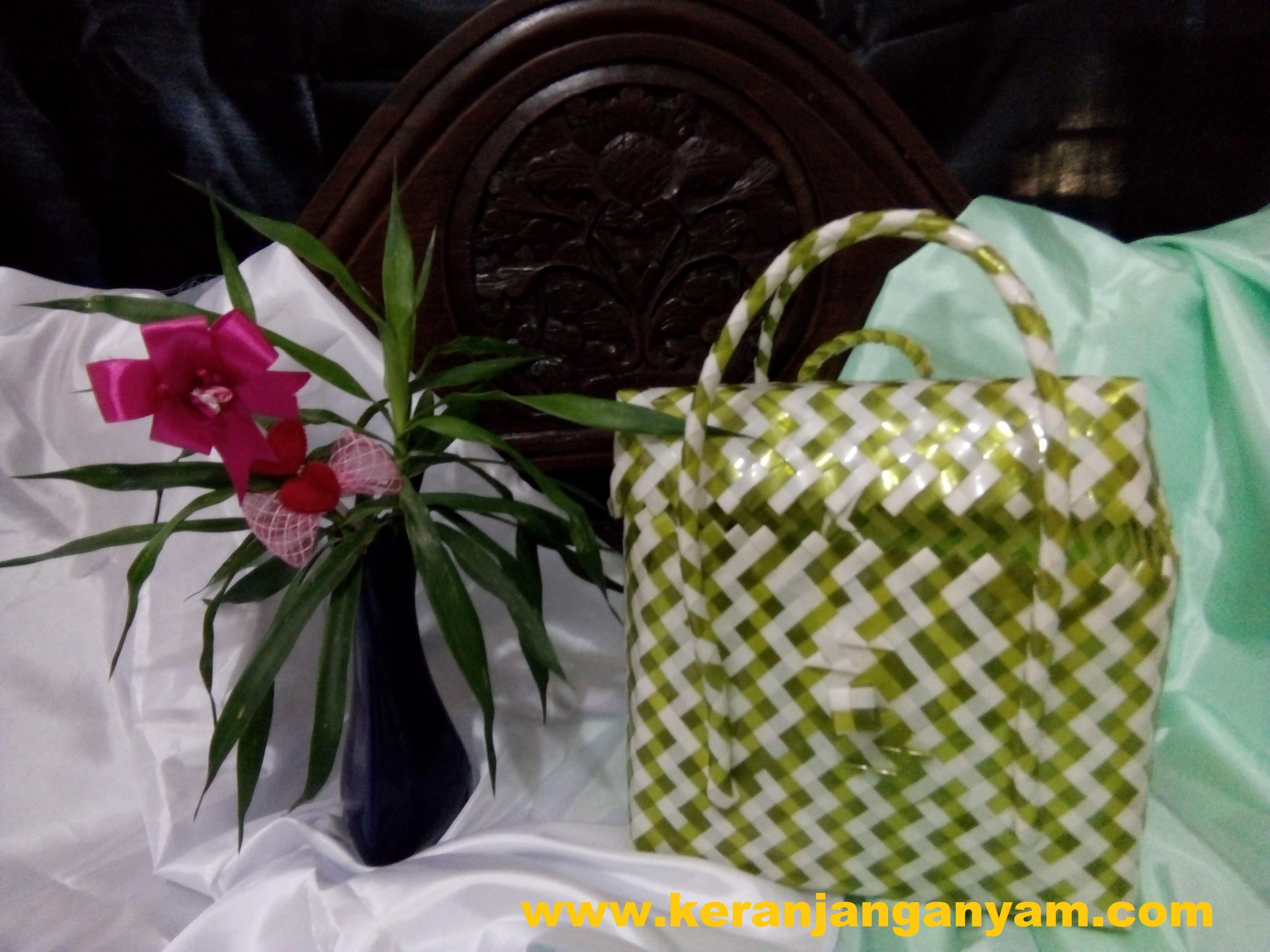 Tas Kotak Bening Kaca Tutup Warna Kuning Putih Zebra
