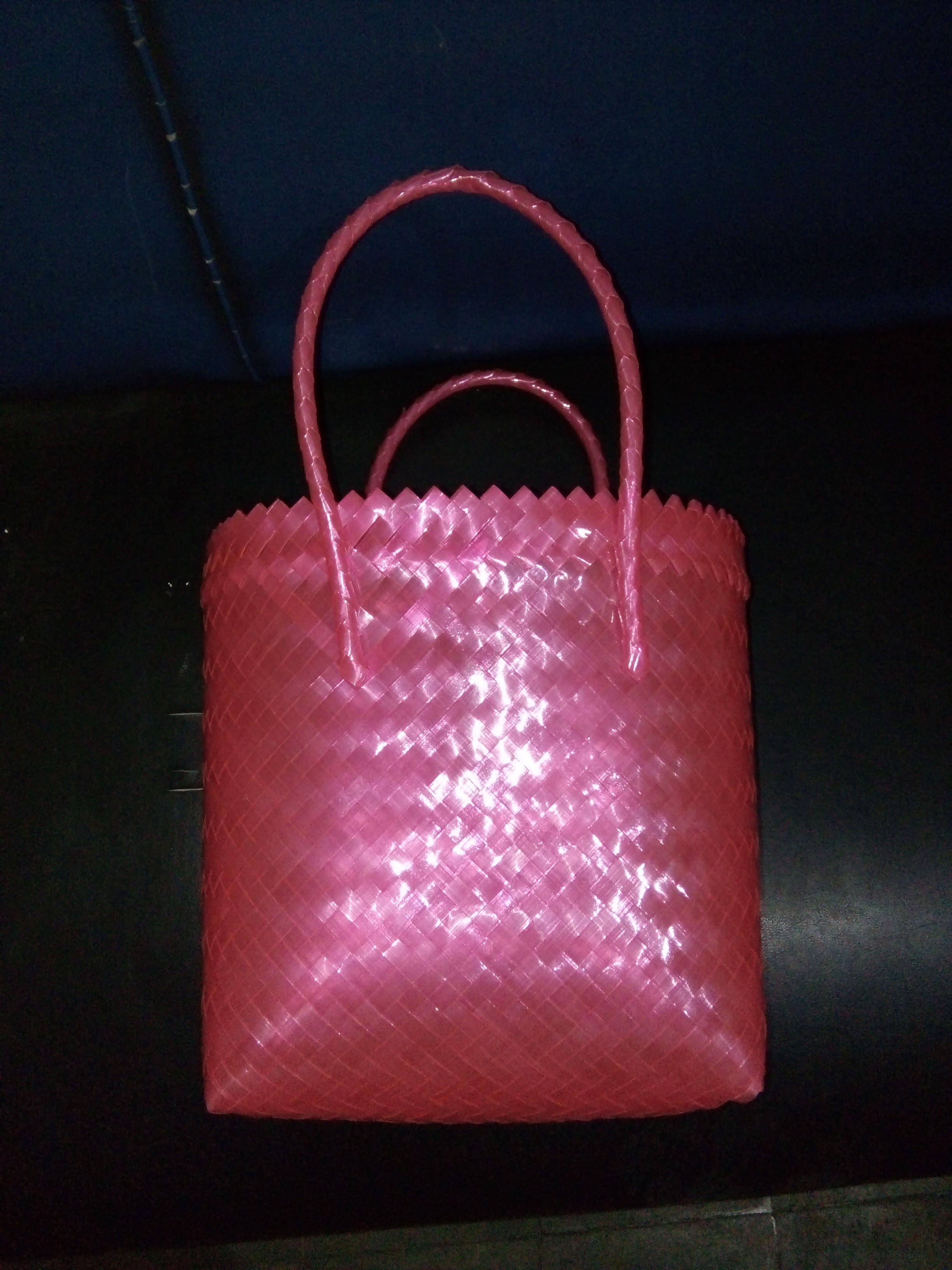 Tas Bening Anyaman Kaca Polos Merah Muda Biasa