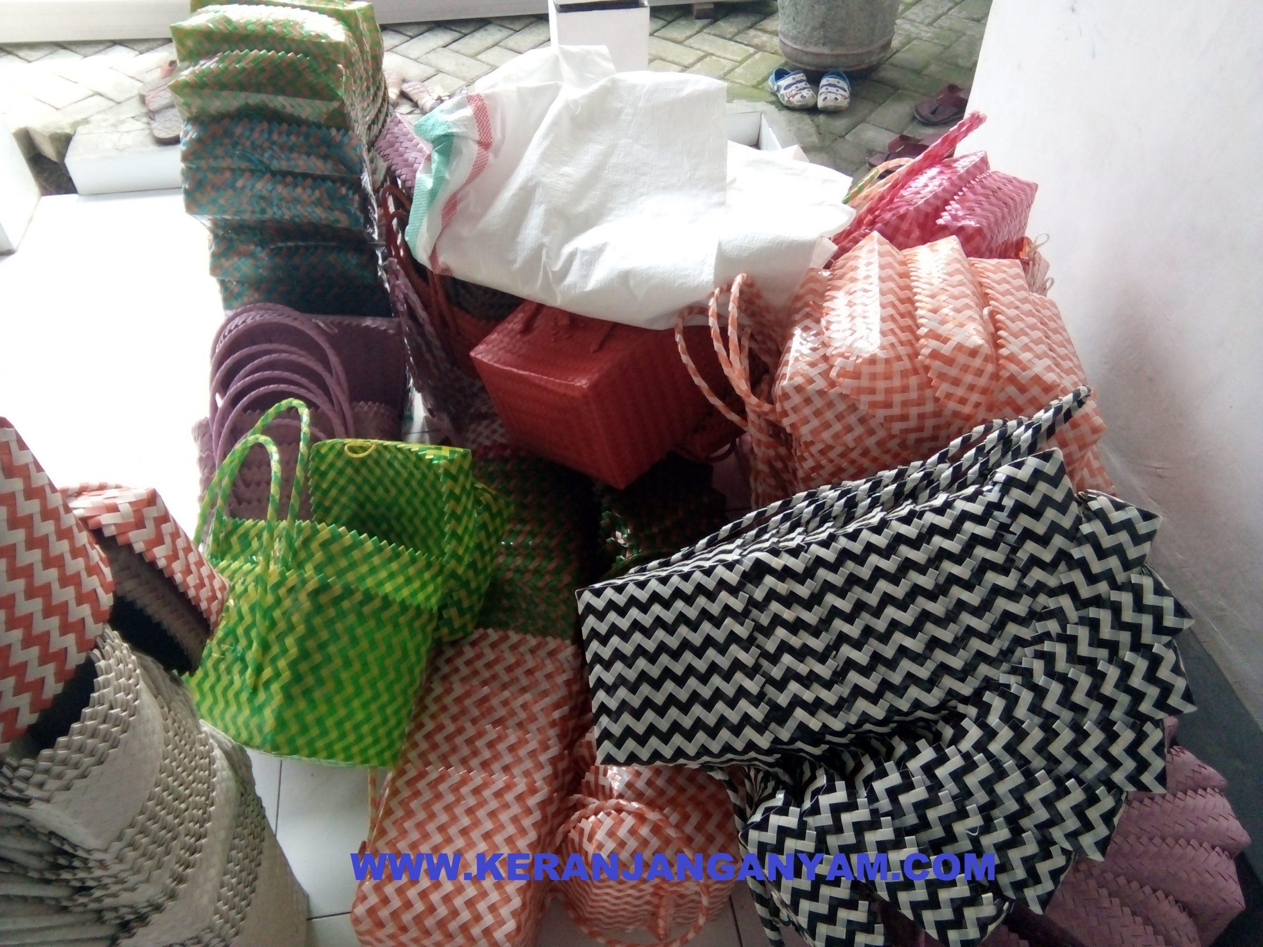 Supplier Anyaman Plastik