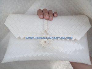 Dompet Kaca Anyaman Plastik Bening Warna Putih