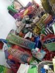 Produksi kerajinan tangan anyaman plastik